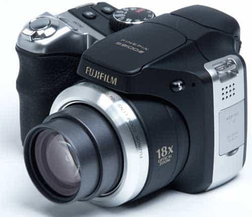 Fujifilm finepix s8100fd for Fujifilm s8100fd prix